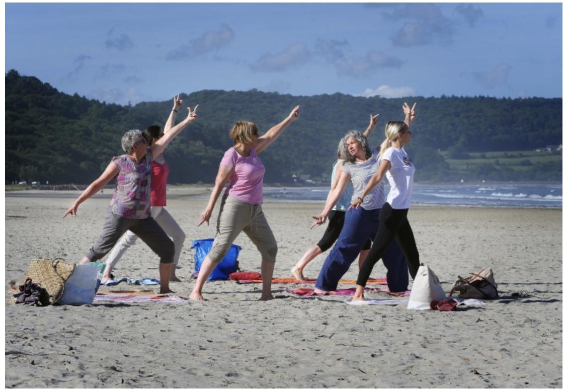plage séance yoga