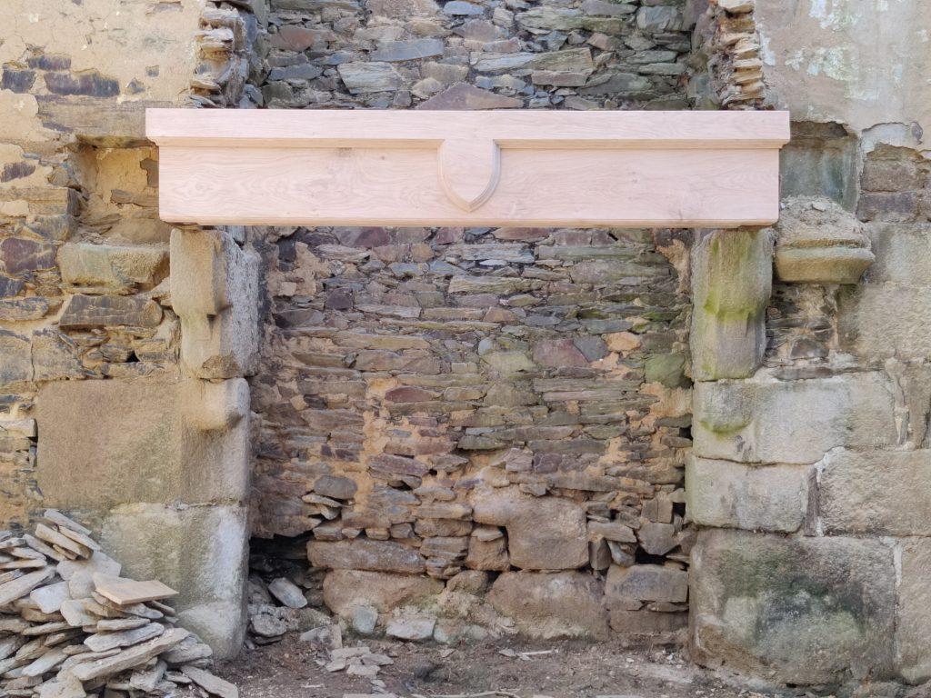 Linteau de cheminée restauration